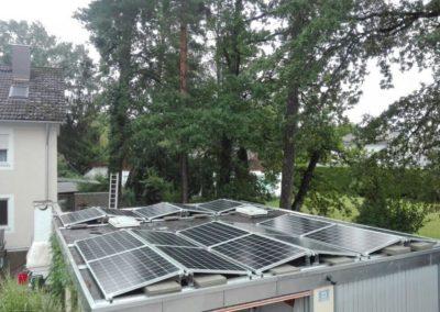 beispielfoto garage flachdach photovoltaik