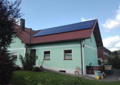 dach_eigenheim_photovoltaikanlage